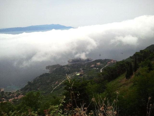 nebbia marina isola del giglio concordia giglionews michele taddei