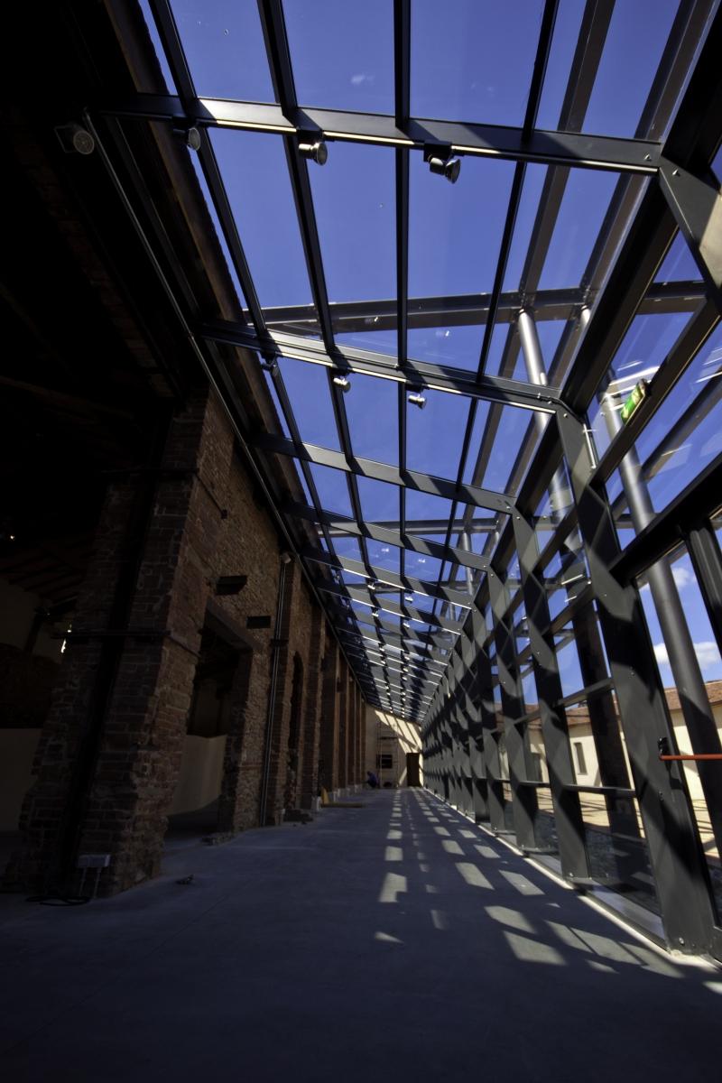 Due milioni di euro per il recupero ma l ex fonderia for Idea casa arezzo