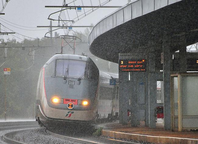 Sull'Eurostar City è guerra fredda tra Regione Toscana e Trenitalia