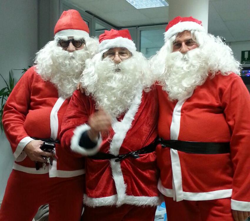 Babbo Natale A Domicilio.Babbo Natale A Domicilio E Brindisi Beneaguranti Festa Tra