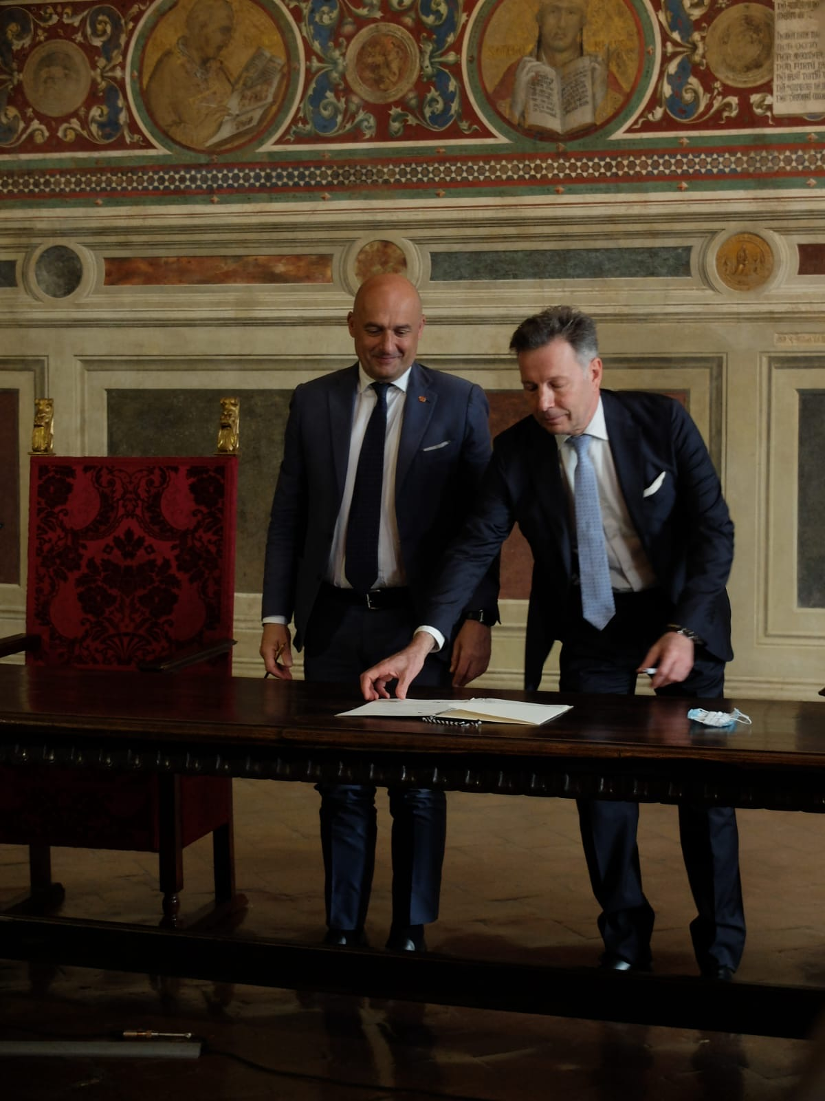Parlamento Latinoamericano e Siena, firmato uno storico accordo per nuove opportunità di sviluppo
