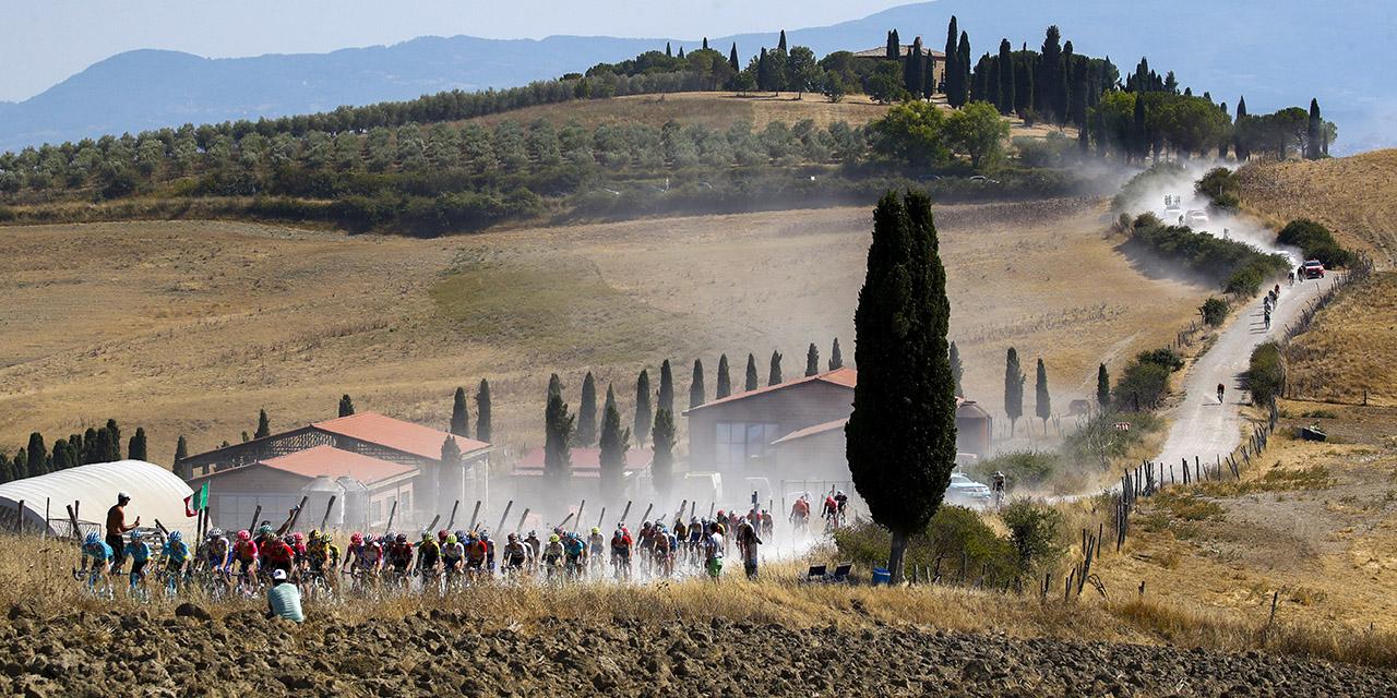 Siena capitale del grande ciclismo. Strade bianche, Giro e Tirreno-Adriatico. Tre mesi sui pedali