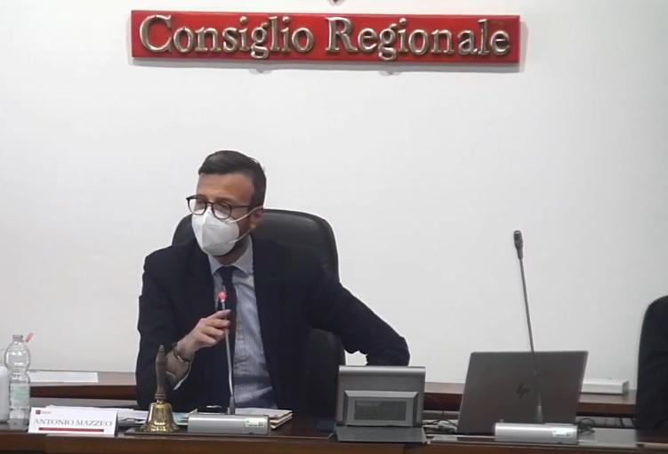 Mps, Consiglio regionale chiede rinvio privatizzazione, salvaguardia marchio e territorialità. FdI si astiene