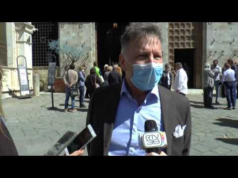 L'abbraccio di Siena a Brio, sindaco De Mossi: «Oggi in Piazza grande dignità e comunione»
