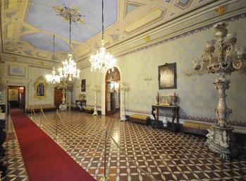 Riaprono al pubblico le stanze Palazzo Viti. Sulle tracce dei 'viaggiatori d'alabastro'