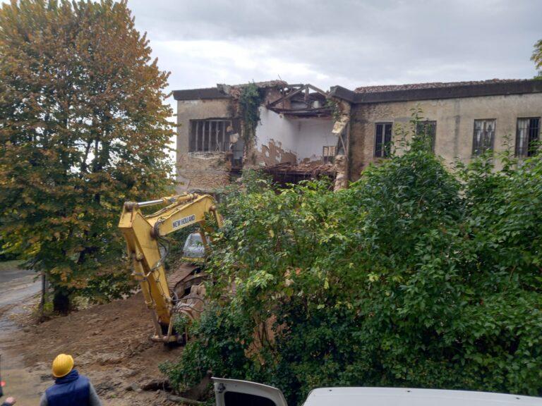 Ex Livi, al via le operazioni di demolizione